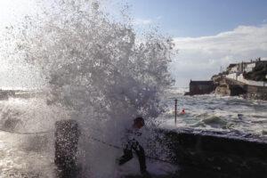 6.10.2014 Springflut und Sturm in Porthleven
