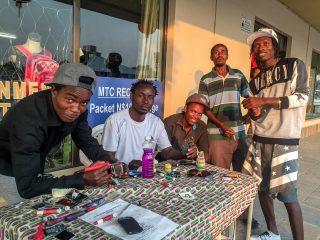 22.-24.7.: Rundu- Professionelle Handyreparatur ;-)