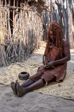 23.7. Living Museum der Mbunza - Matten flechten