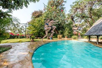 22.-24.7. Tambuti Lodge - Pool