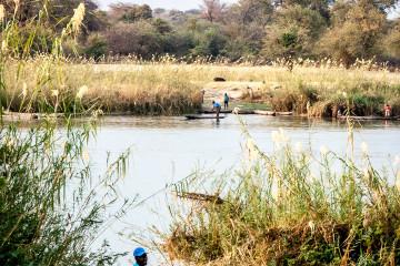 23.7. Grenzübergang nach Angola