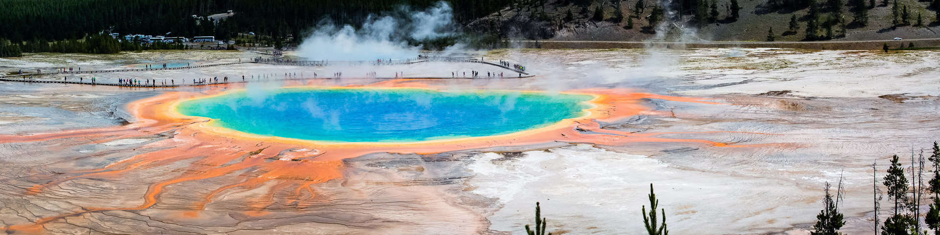21.7. Midway Geyser Basin - Grand Prismatic Spring, vom Overlook aus.