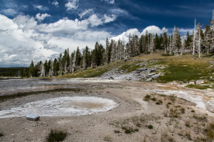 21.7. Upper Geyer Basin - West Triplet Geyser