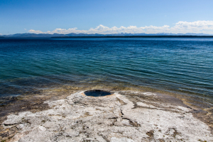 22.7. West Thumb Geyser Basin - Big Cone