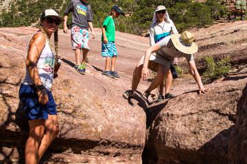"""27.7. Wanderung auf den """"Limestone Draw"""", 100m über dem Fluss"""