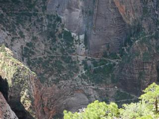 Der Blick auf den Observation Point Trail.