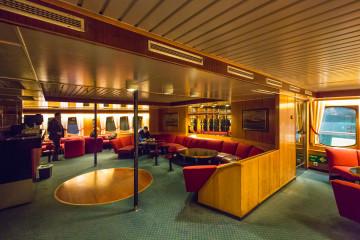 11.2.: Hurtigruten mit der MS Lofoten