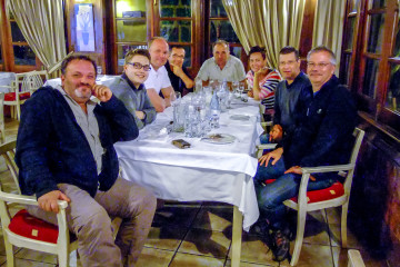 14.11. Abschlussessen im Hotel - Serdar, Sebastian, Adrian, Bruno, Adam, Birgit, Michael, Michael