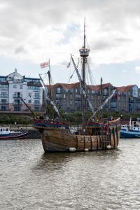 11.8. Bristol Harbour