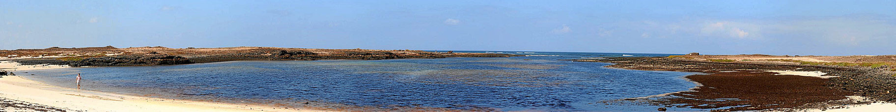 Lavastrom ins Meer bei Corralejo