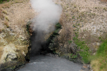 Yellowstone: Dragon's Mouth