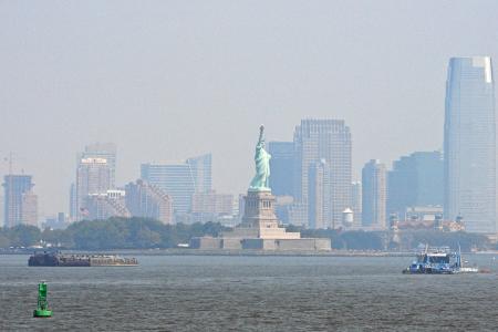New York: Ausflug mit der Staten Island Ferry.
