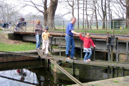 Am Coevorden-Picardie-Kanal.