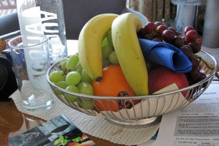 ... ständig war frisches Obst auf dem Zimmer