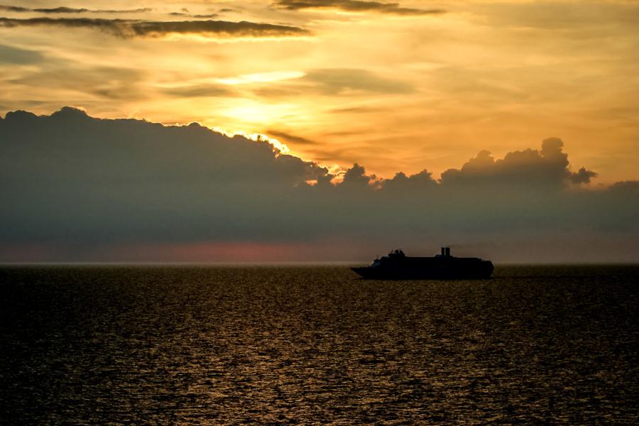 Sonnenuntergang zwischen Kiel und Oslo