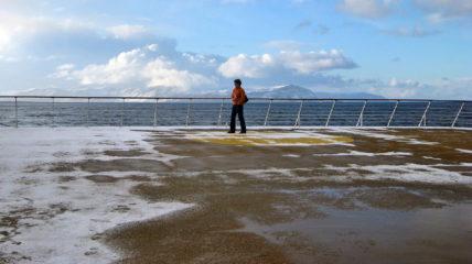 Dann ging es los mit der Schiffsfahrt. Bis Molde war ein bisschen Seegang - es ging hooch ...