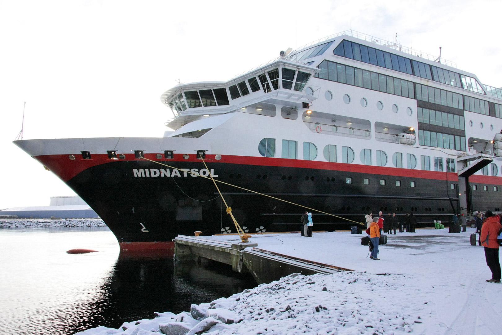Das Schwesterschiff MS Midnatsol in Trondheim