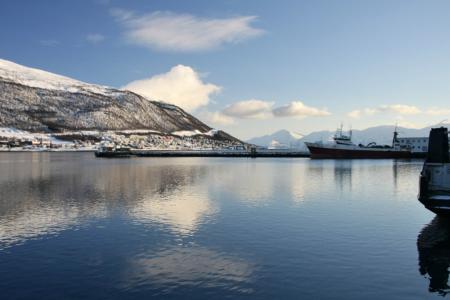 Hafen und Bucht von Tromsø