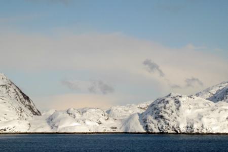 Kirkenes-Fjord - fast windstill, sehr selten.