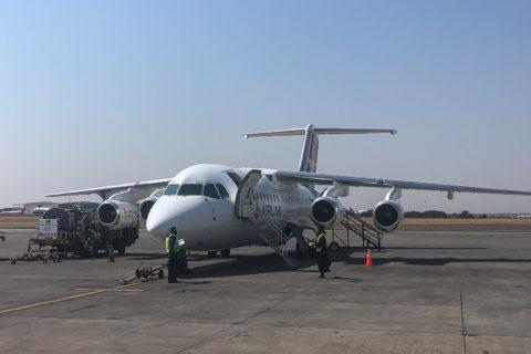 """30.9.2019 - """"unser"""" Avro RJ 85 für den Flug nach Maun"""