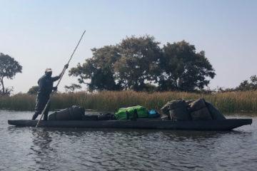 31.8.2019 - Mr. Three mit dem Gepäck-Mokoro