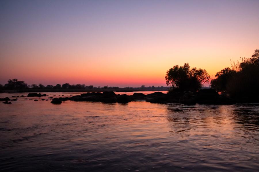 18.9.2019 - RiverDance, Sunrise Boat Tour