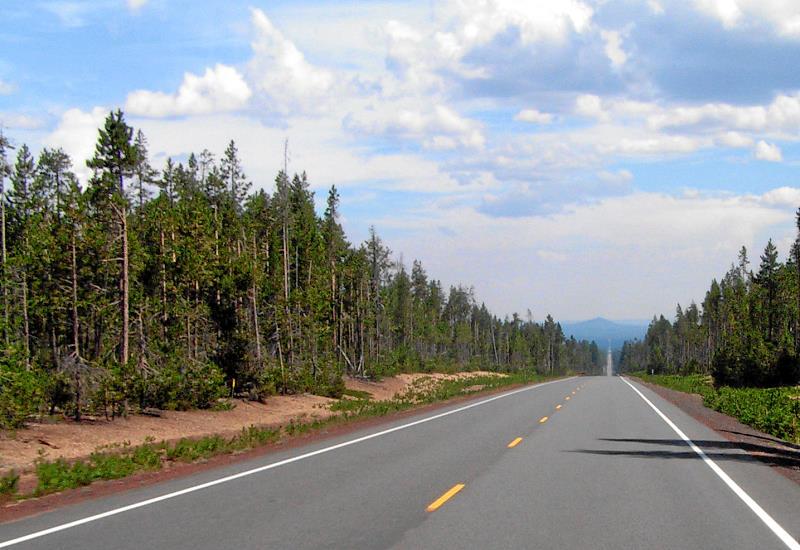 OR 138, Diamond Lake Highway