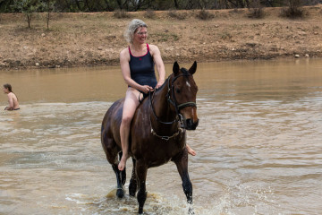 Ant's Hill - Karin mag die Wassertemperatur ;-)