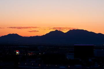 11.-13.6. Las Vegas - Sonnenaufgang vom Balkon