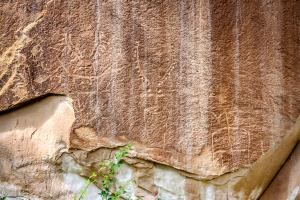10.7. Capitol Reef NP - Petroglyphs