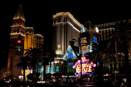 Abendbummel am 2.1.: Casino Royal und Venetian.