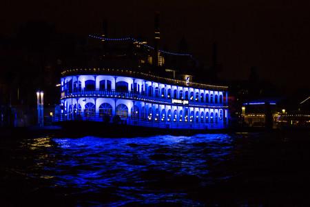 1.12. Lichterfahrt im Hamburger Hafen