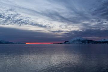 12.2. Hurtigruten, Harstad-Svolvaer, Sonnenuntergang