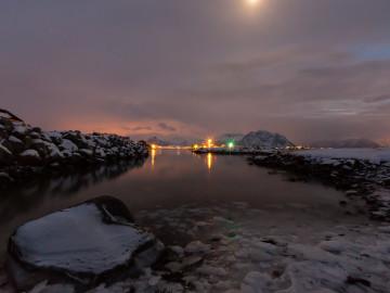 16.2. Laukvik - Hafen bei Nacht