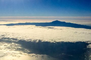 8.11. Hinflug - der Teide über den Wolken
