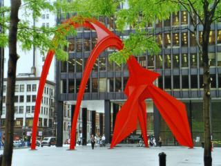 """Der """"Flamingo"""" von Calder."""