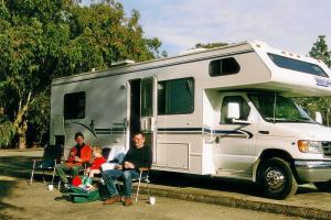 Unser 22-Fuß-Wohnmobil, hier im Natural Bridges State Park.