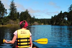 Oregon Dunes - Kanufahren auf dem Lake Cleawox