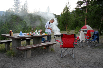 Grillen, Madison Campground