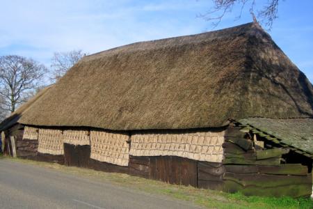 """""""Flechtkunst"""" am Bauernhof"""
