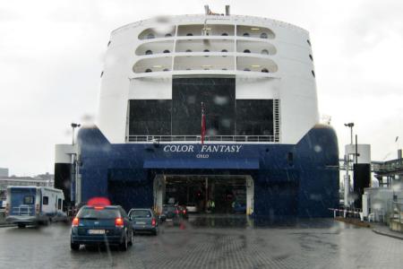 Color Fantasy beim Boarding in Kiel