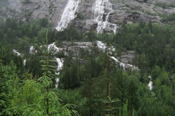 Wasserfälle nach dem Regen