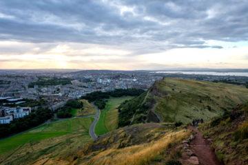 10.9.2016 - Blick von Arthur's Seat auf Edinburgh
